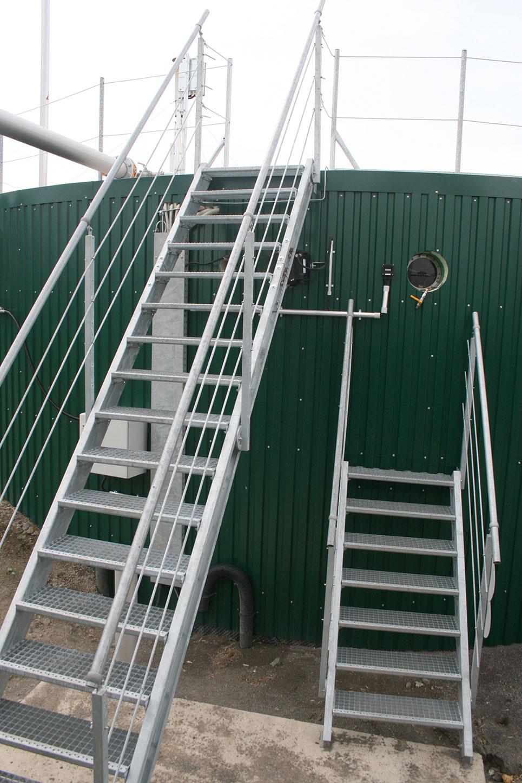 treppen und berg nge biogas nq anlagentechnik biogasanlagen alles aus einer hand. Black Bedroom Furniture Sets. Home Design Ideas